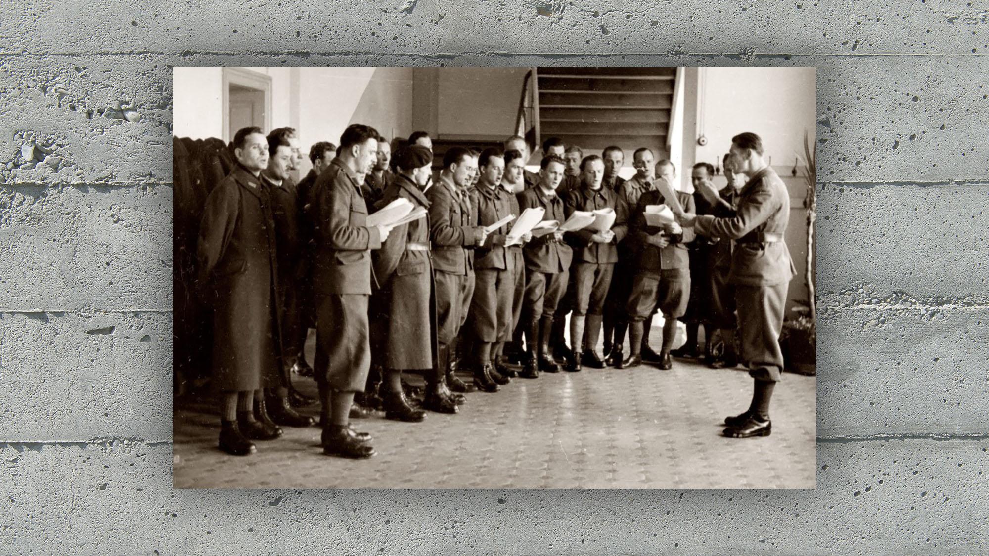 """Internierten-Hochschullager, Sektion """"Chor"""" in Aktion (1941)"""